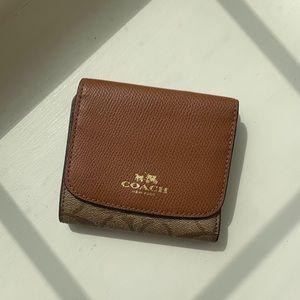 COACH wallet - NEW!